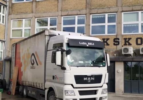 Kamion opreme za Begov Han